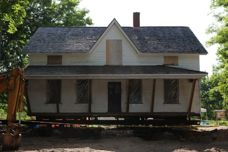 Peter Dougherty House gets a new foundation | Jane Boursaw Photo