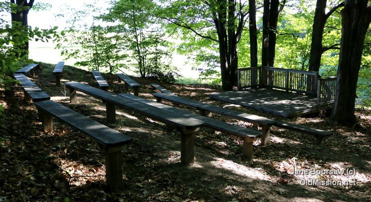 Old Mission Peninsula School - Outdoor Amphitheater | Jane Boursaw Photo