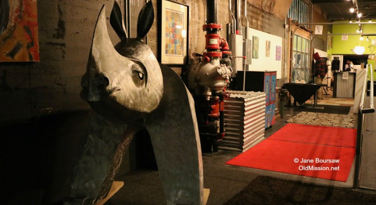 Photo of the Day: Feb. 2, 2016 – Giant Rhino at Inside Out Gallery