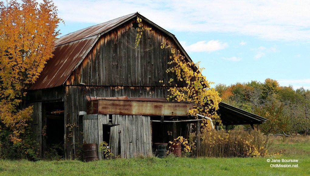 kroupa, kroupa road, barns