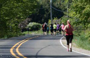 bayshore marathon, runners, bluff road