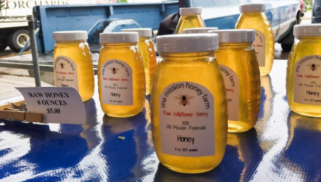 ona mission honey farm, joel schaeffer, beekeeper, old mission peninsula, old mission, old mission michigan, old mission gazette, bees, bee swarms