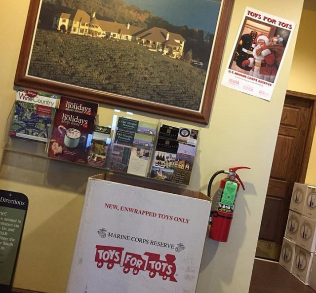 toys for tots, chateau chantal, old mission peninsula, old mission, old mission michigan, peninsula township, old mission gazette, wineries of old mission peninsula