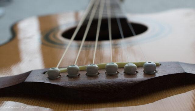 guitar, guitar strings, strings by mail, john wunsch, old mission peninsula, old mission, old mission michigan, old mission gazette, peninsula township