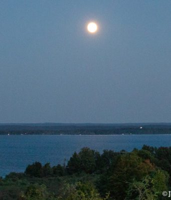 moonrise, east bay, hogsback, old mission gazette, old mission peninsula, old mission, old mission michigan, peninsula township, center road, smokey hollow road