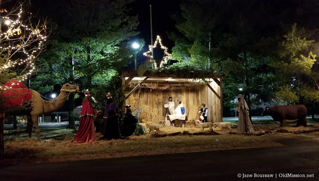 fcc, first congregational church, manger scene, christmas, old mission peninsula, old mission gazette, old mission photos, old mission, old mission michigan, peninsula township