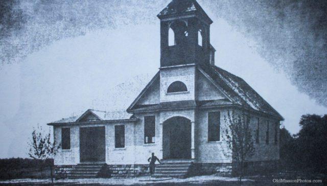 Ogdensburg School, Late 1800s | OldMissionPhotos.com