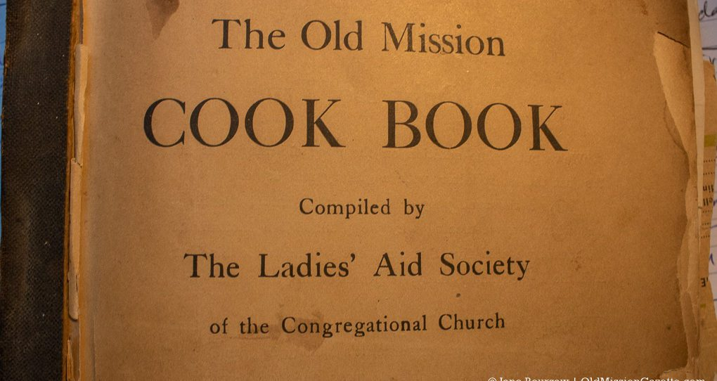 Old Mission Cook Book, Ladies' Aid Society of the Congregational Church, 1922