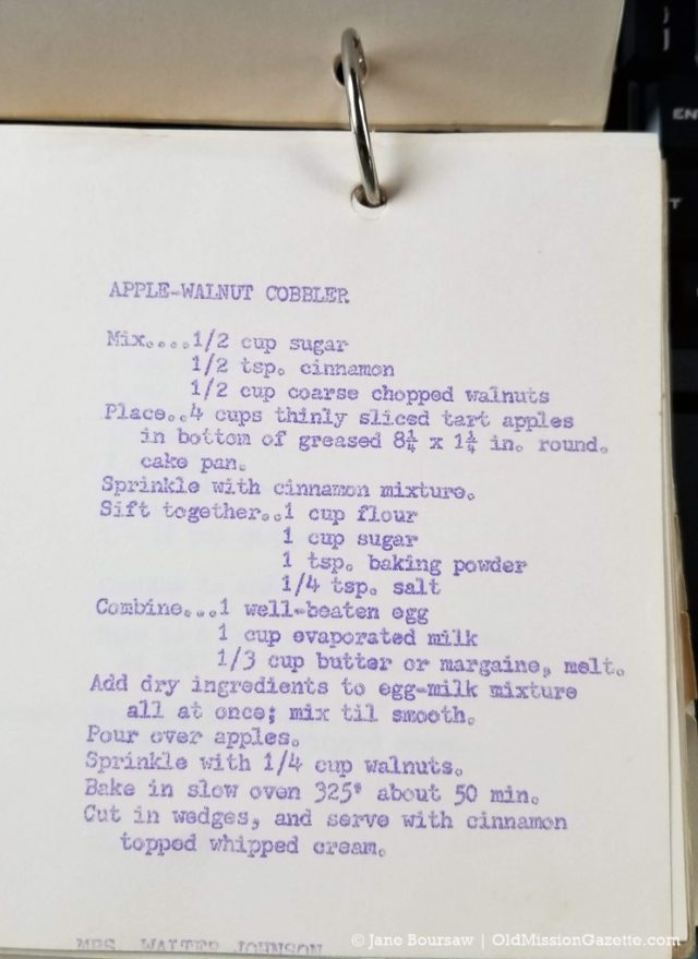 Mary Johnson's Apple Walnut Cobbler