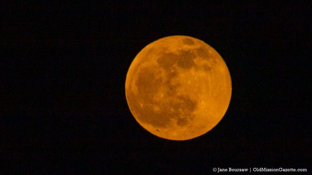 Jan. 10, 2020: Wolf Moon from the Hogsback | Jane Boursaw Photo