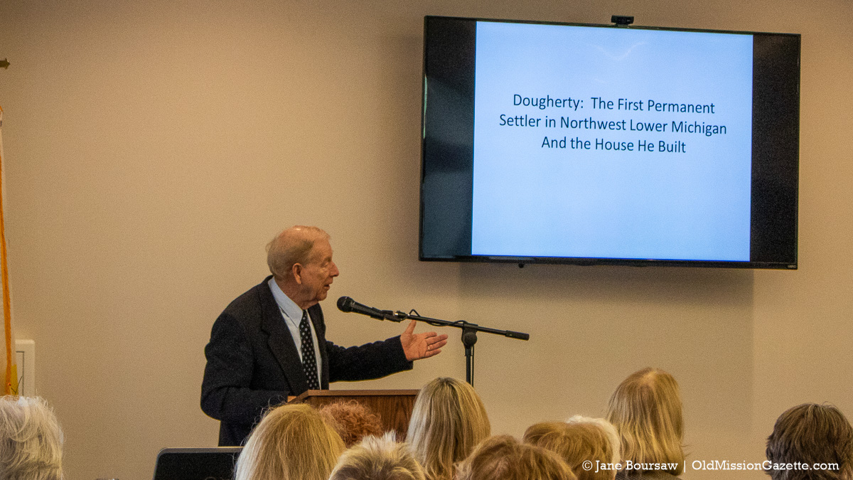 Bill Cole presents a program on the Dougherty House to Old Mission Women's Club, 2018 | Jane Boursaw Photo