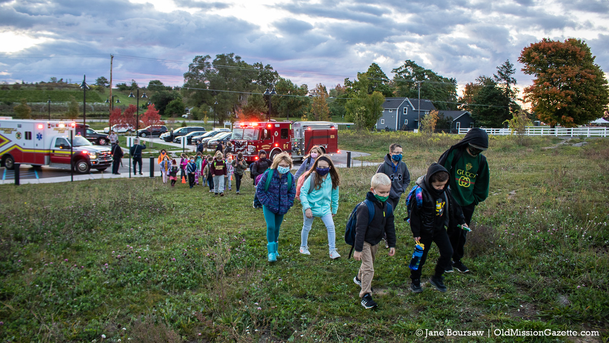 National Walk to School Day: OMPS Kids Walk from Peninsula Community Library to OMPS | Jane Boursaw Photo