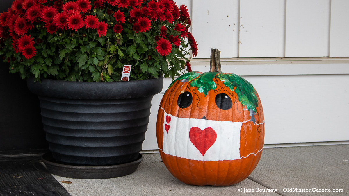 Halloween at Peninsula Community Library (I believe Karen Rieser is the fabulous pumpkin artist) | Jane Boursaw Photo