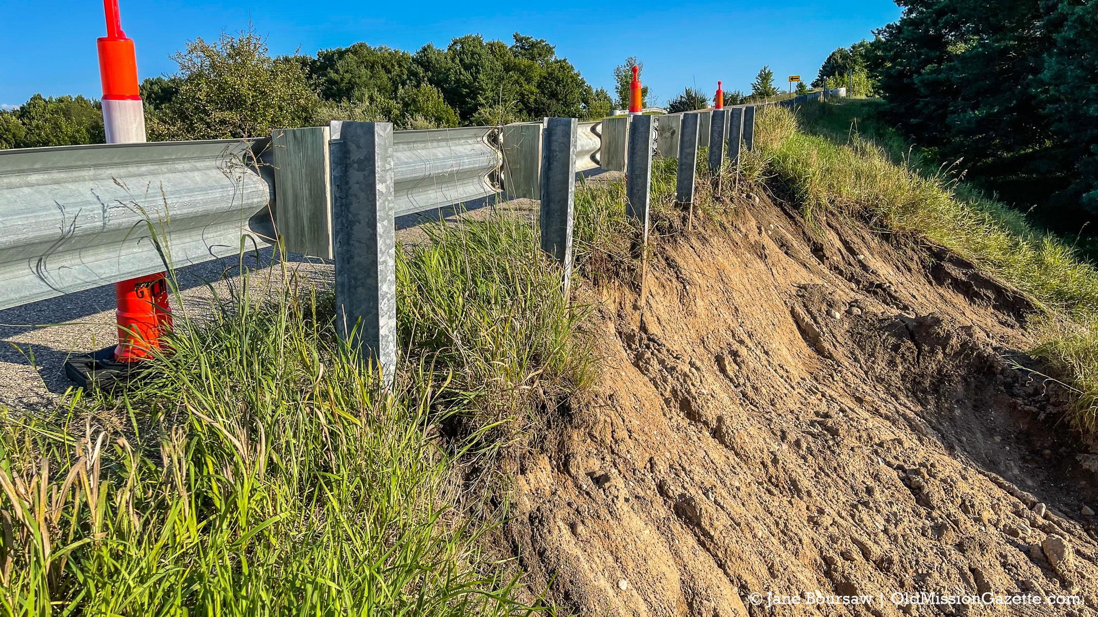 Erosion on Center Road; The Hogsback | Jane Boursaw Photo